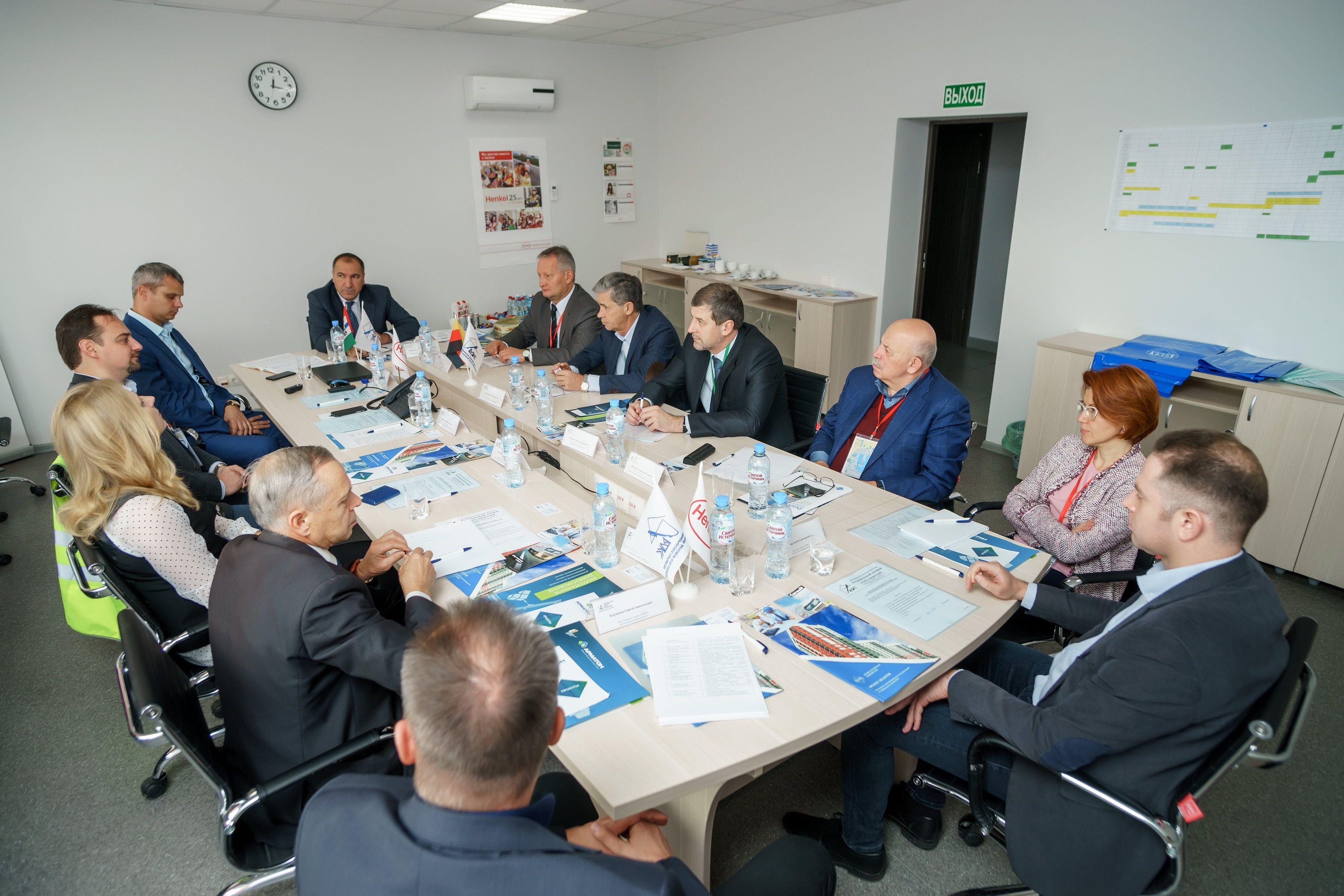 Развитие рынка строительных материалов:  передовой опыт производства предприятий Новосибирской области