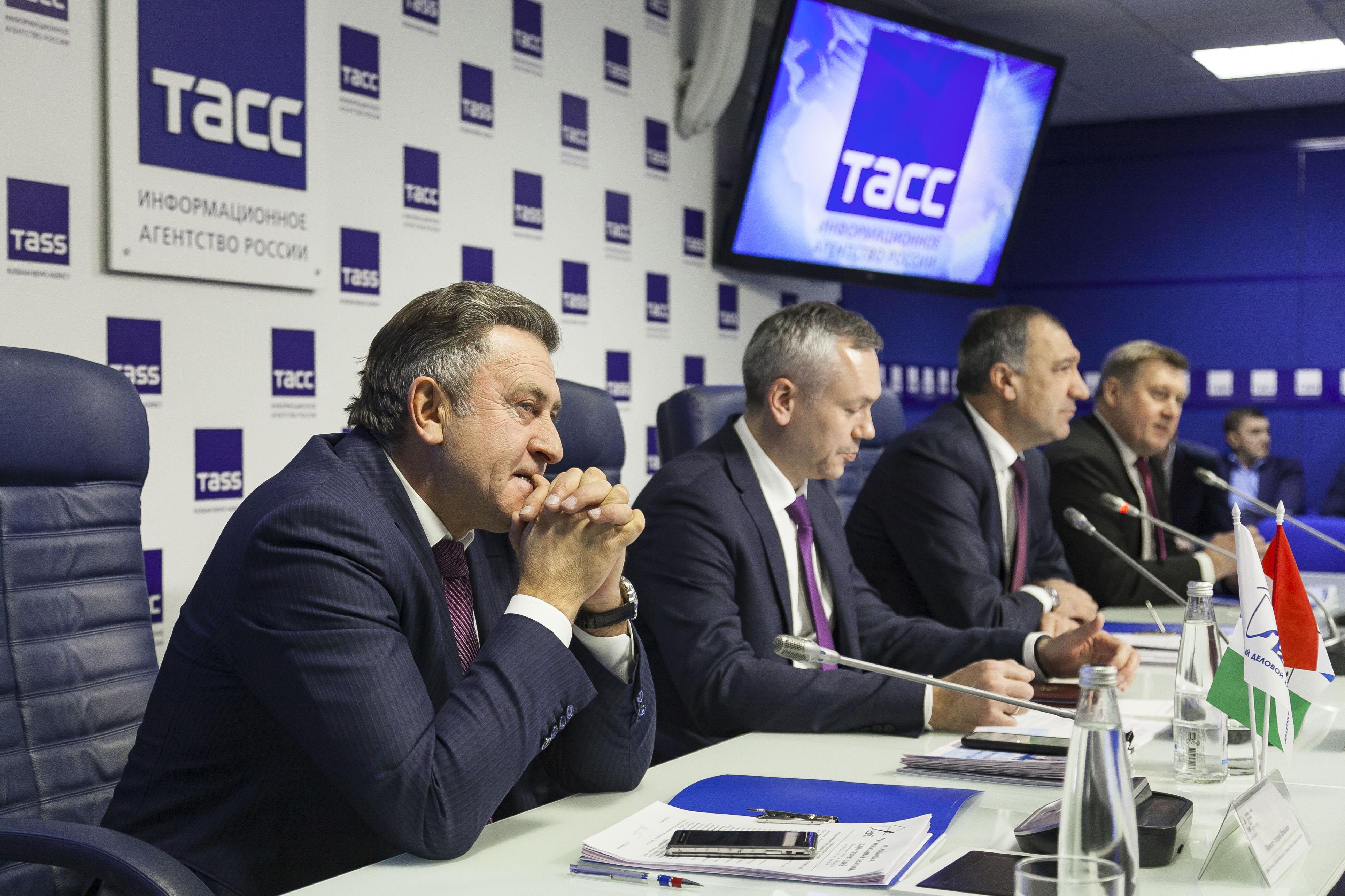 20 декабря состоялось Расширенное заседание Ассоциации «Региональный деловой клуб строителей» руководителей органов в власти
