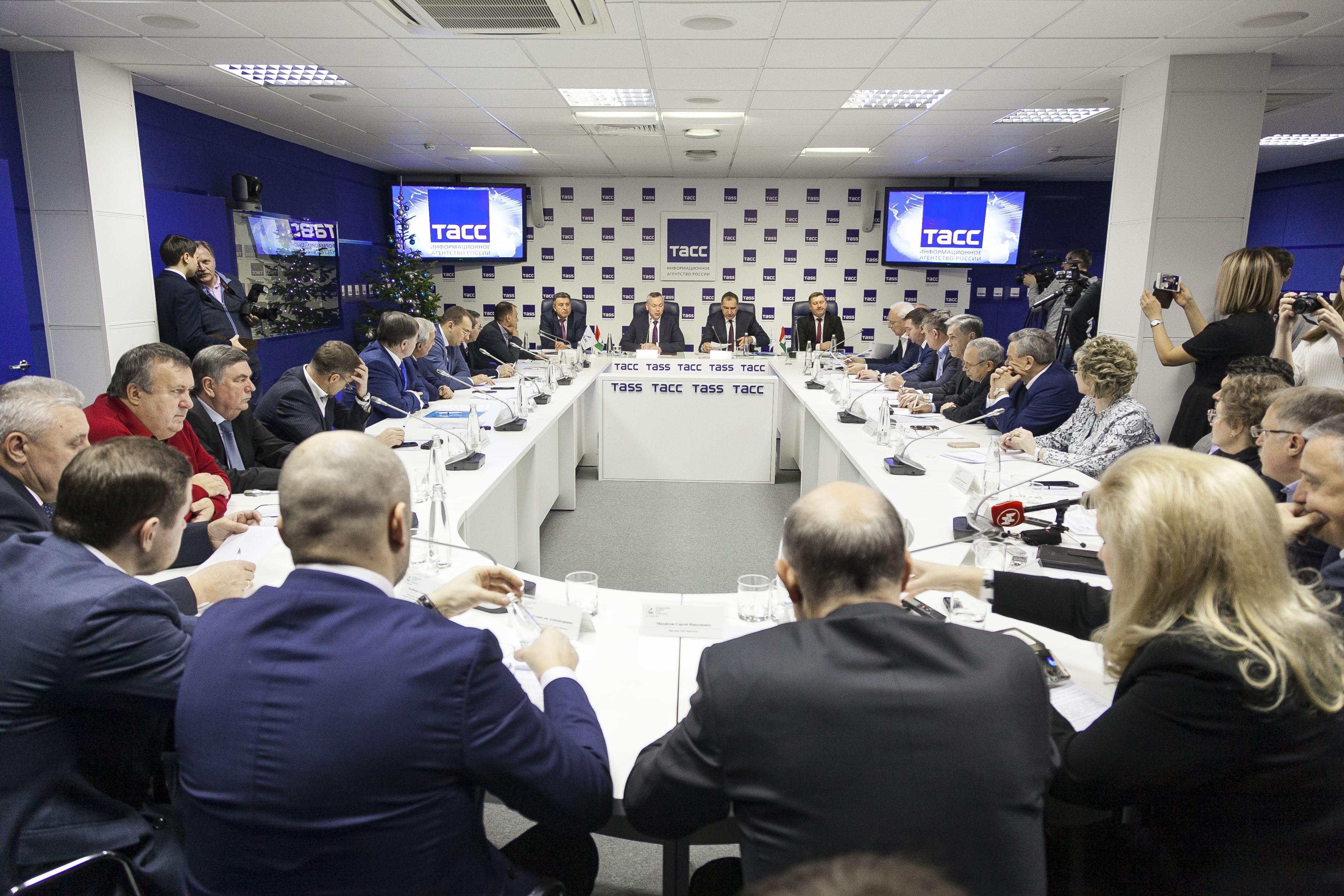 Состоялось Расширенное заседание Ассоциации «Региональный деловой клуб строителей» руководителей органов в власти Новосибирской области и города Новосибирска